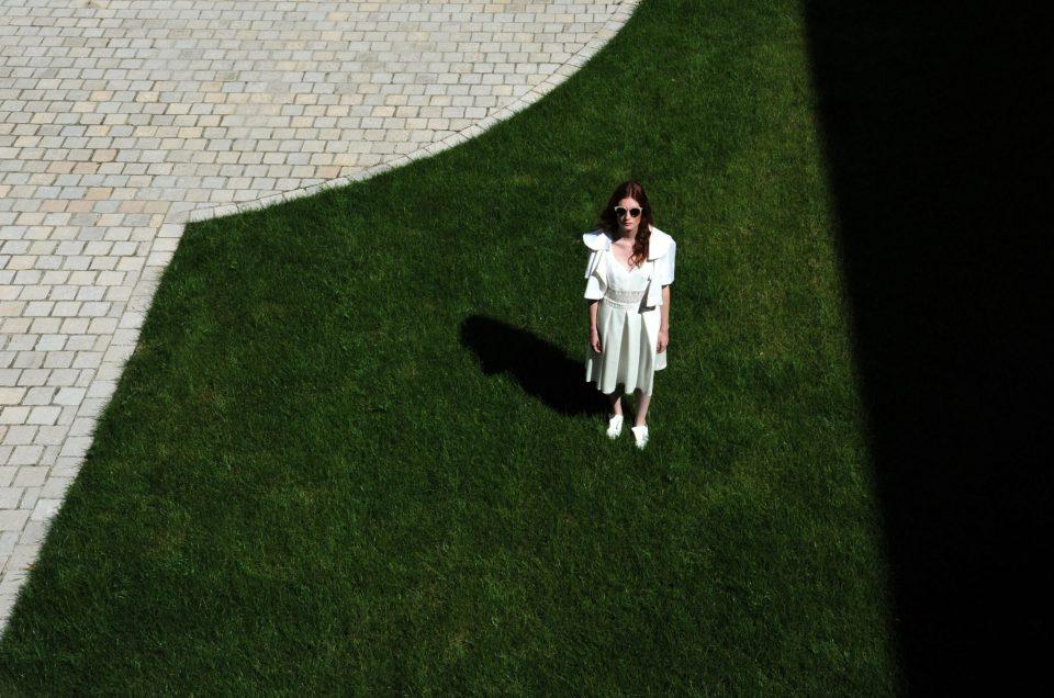 Pourquoi se laisser séduire par une robe de mariée sur-mesure ?